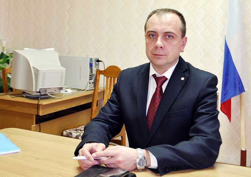 Глава администрации города Сосенского Шмаков Дмитрий Алексеевич