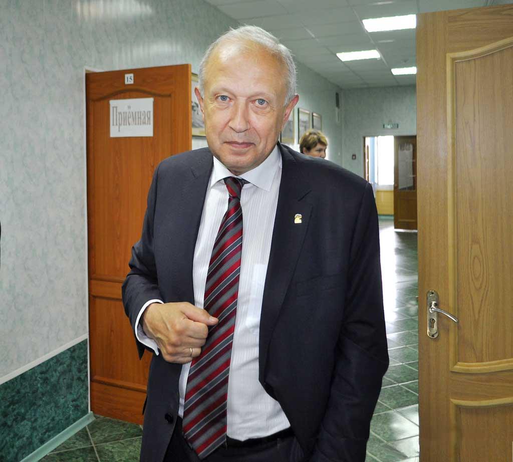 Виктор Сергеевич Бабурин инспектирует здравоохранение в Козельске