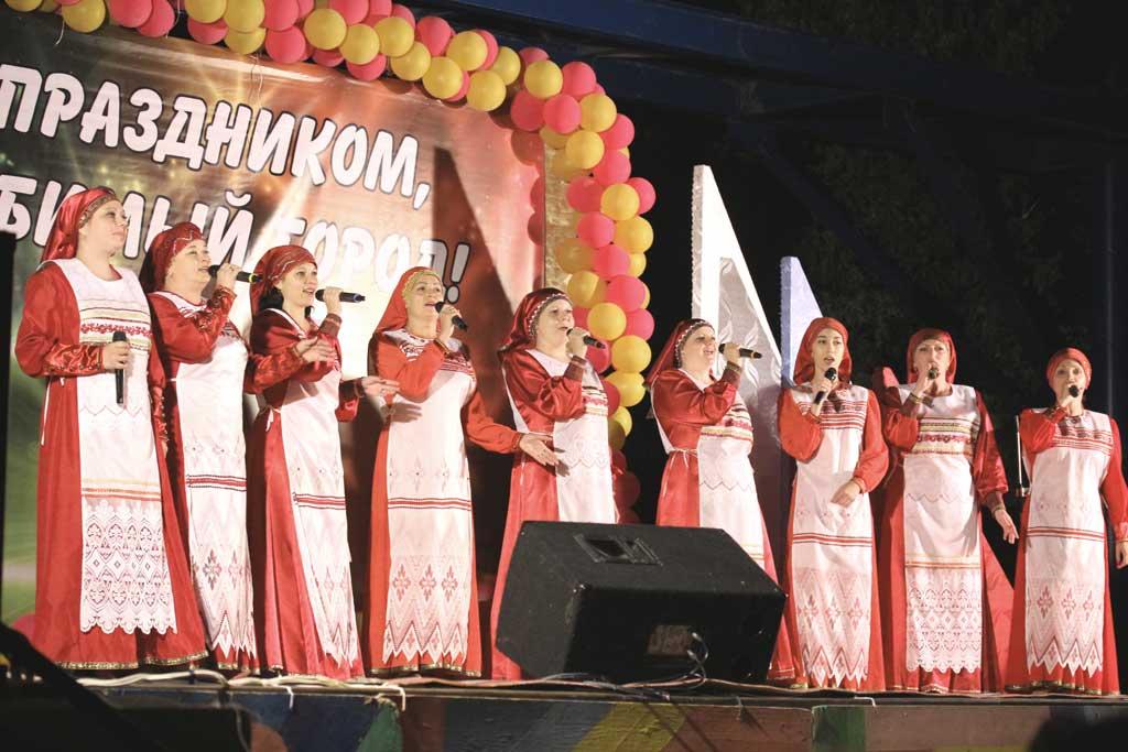 сосенский фольклорный ансамбль «Млада»