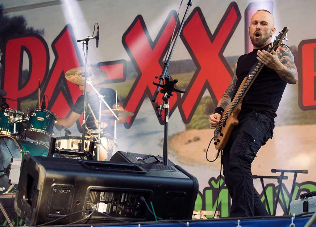 Бас-гитарист Сергей Орлов, группа «Badguys»