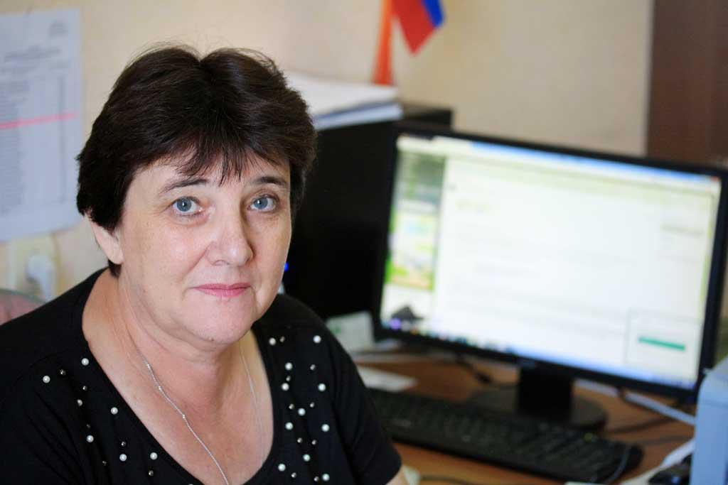 Председатель территориальной избирательной комиссии Козельского района Татьяна Суменкова